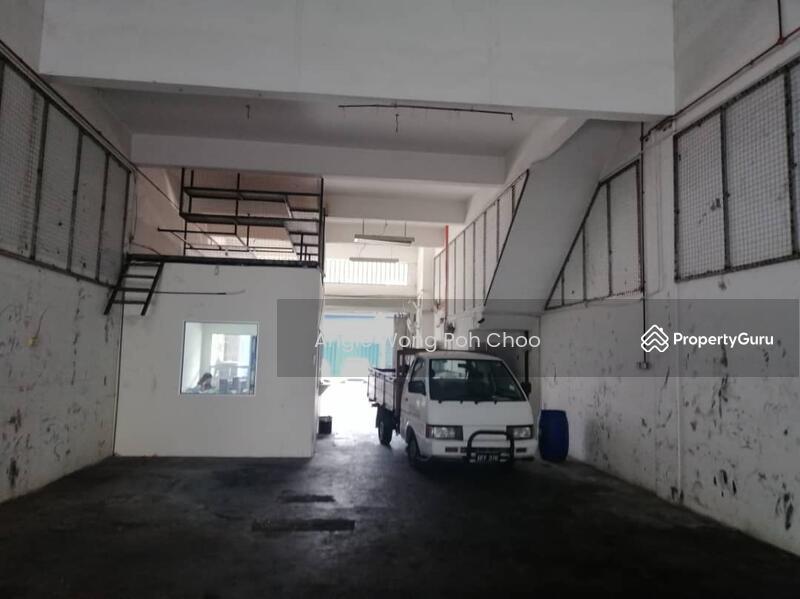 Jalan PJS 1/21a, Taman Petaling Utama, Petaling Jaya #137433234