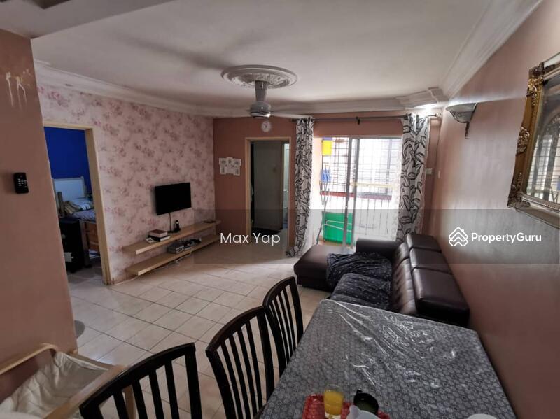 Sri Ehsan Apartment #138202142