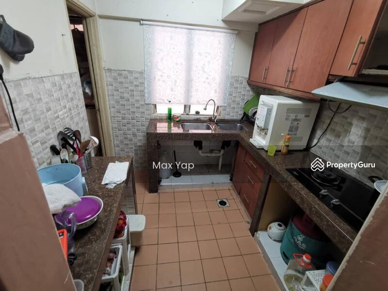 Sri Ehsan Apartment #138202150