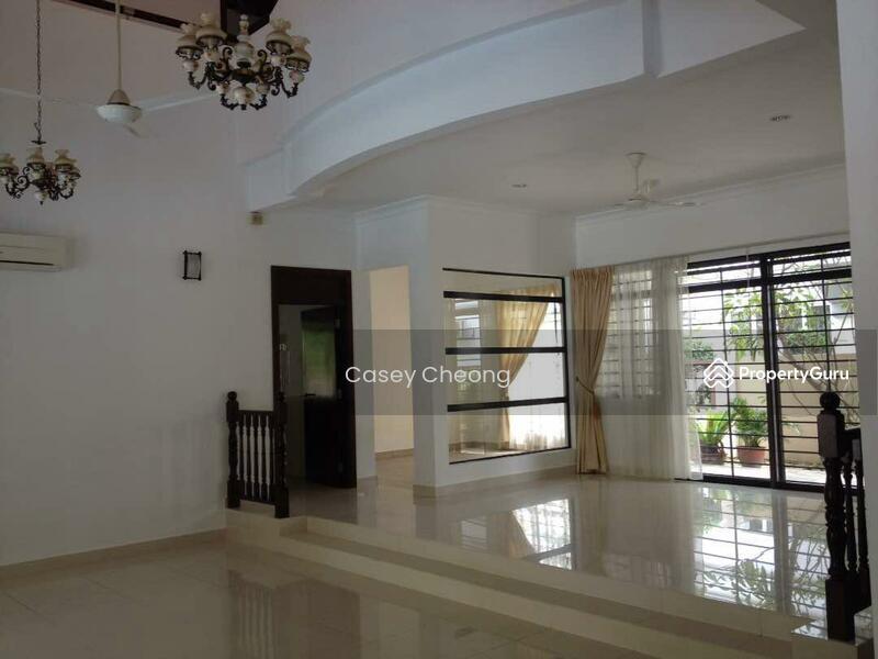 Mutiara Damansara Bungalow with Pool #138440340