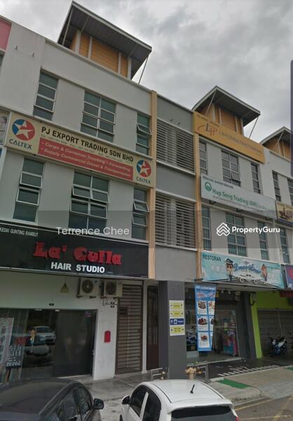Three storey shop with ROI 4%+ @ taman desa tebrau #138520460
