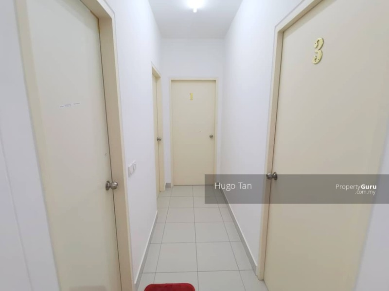 Fully Furnished Free Wifi Single Room for Rent in Setia Alam #140686844