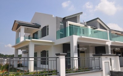 For Sale - Gated&Guarded Freehold 0%Downpayment Double Storey 25x85 RM411K Near To Cyberjaya