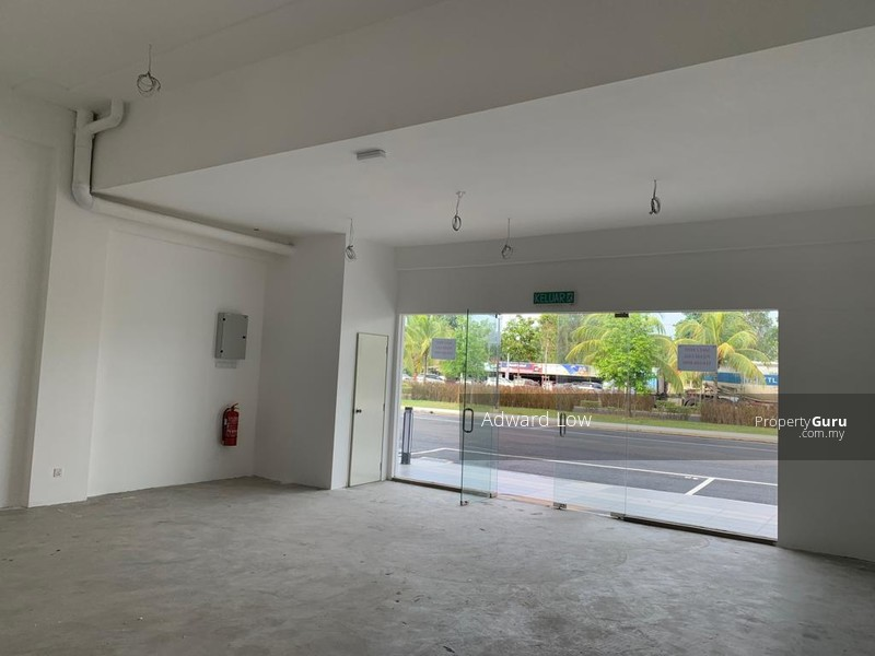 SHOP LOT AT TIMUR BAY FREEHOLD FOR SALE #141935328
