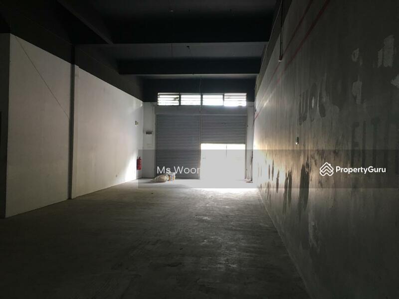 3 Storey Shop Lot, Pusat Perniagaan Putra Sentosa, Bukit Baru Melaka #145654318