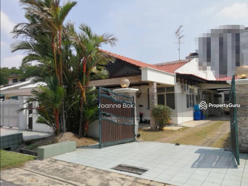 Single Storey Semi-D In Jb Town, Taman Serene #145786036