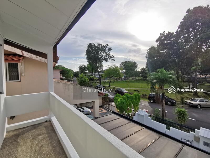 Corner Facing Park Jalan ss22/xx, Damansara Jaya, Petaling Jaya #156259240