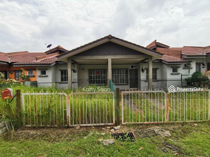 Jalan Ara Bandar Utama Tampin Negeri Sembilan #147559170