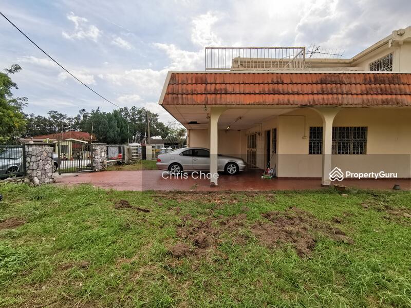 Corner Jalan ss22/xx, Damansara Jaya, Petaling Jaya #147699458
