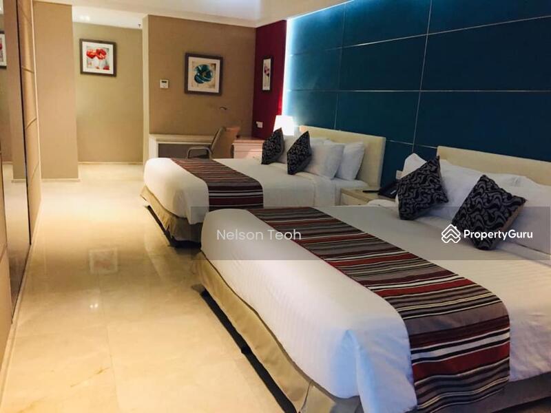 Lexis Suites #148009366