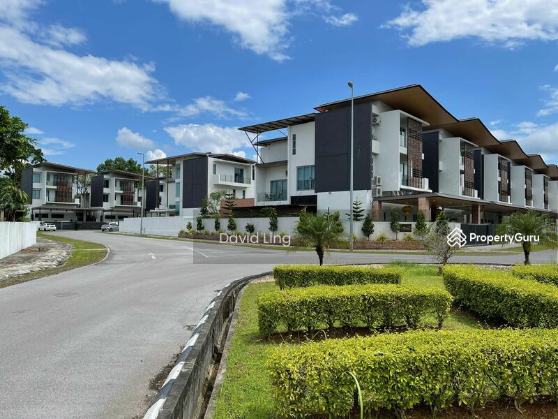 Windsor Estate Hui Sing Kuching #163414066