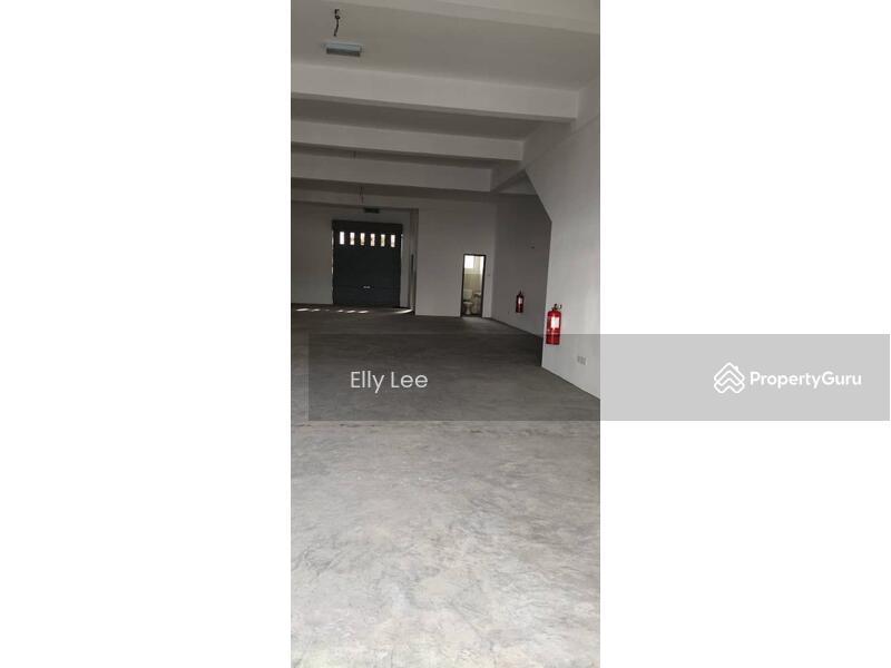Lukut Town #148956424