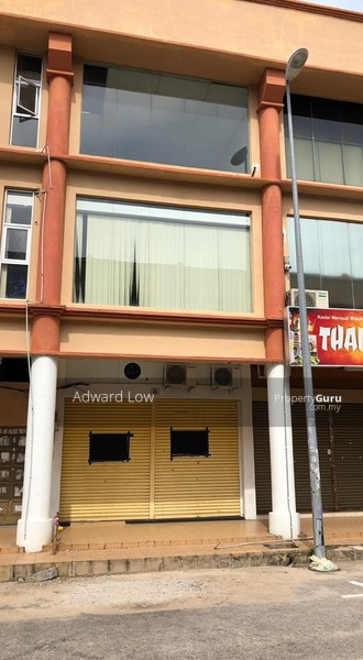 SHOP LOT FREEHOLD (GROUND FLOOR) AT SRI PAHANG BUSINESS CENTRE #149750310
