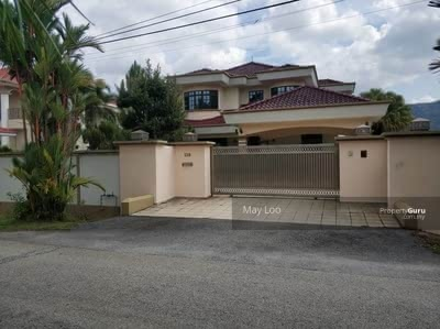 For Sale - Partially Furnished Gated Guarded 2 Storey Bungalow at Ipoh Meru Valley