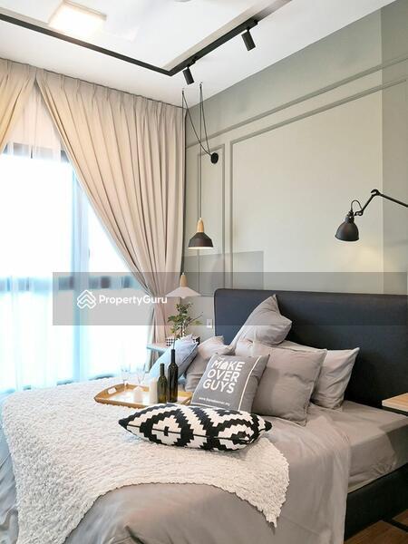3R3B 1300SQFT RM5xxk Enjoy Big Spacious Layout,Pure Residential KLCC VIEW #150437756
