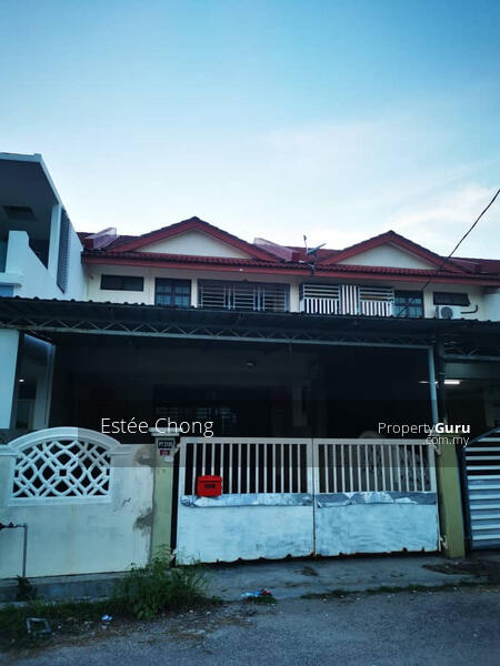 Double storey terrace with balcony, telok panji 4 bed 3 bath #150837874