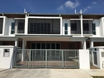 Double Storey Semi D, Evergreen Garden Residence, Luxury! ! FREEHOLD AND CORNER LOT!
