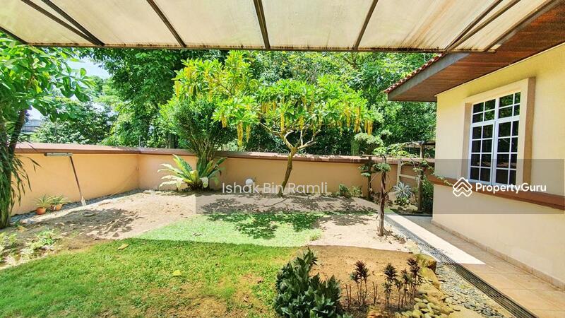 EXCLUSIVE Bungalow House Jalan Mihrab Bukit Jelutong #151608666