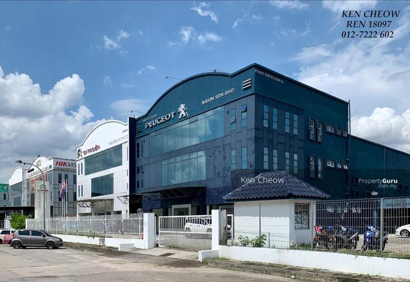 Plentong Concept Store For Lease