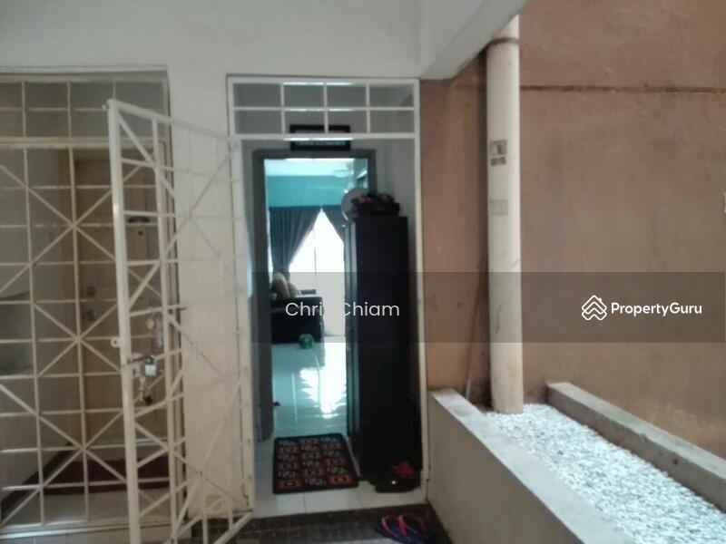 Menara D'sara #153790770