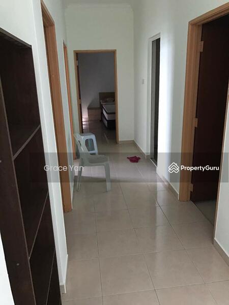 Sri Samudera Seaview Residence Suites #154573252
