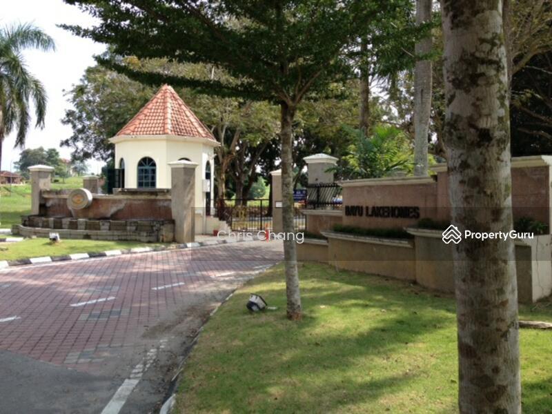 Mantin , bayu lakehome Mantin College Heights Garden Resort Pajam #156055604