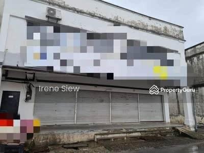 For Sale - Rm550k nego Spacious Endlot Double Storey Shop good location Seremban Jaya
