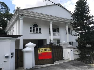 For Rent - Double Storey Bungalow with Swimming Pool