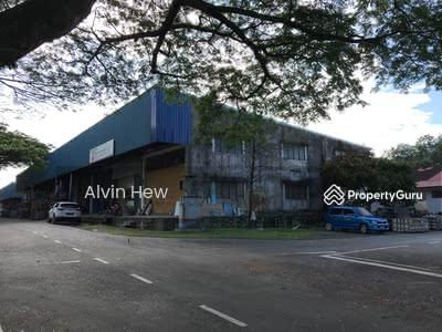 For Sale - single storey terrace factory kulai (End Lot)