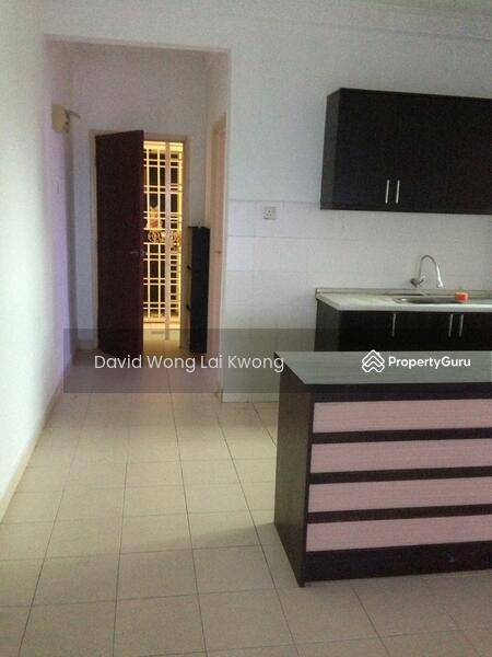 Serdang Villa Apartment #156575702