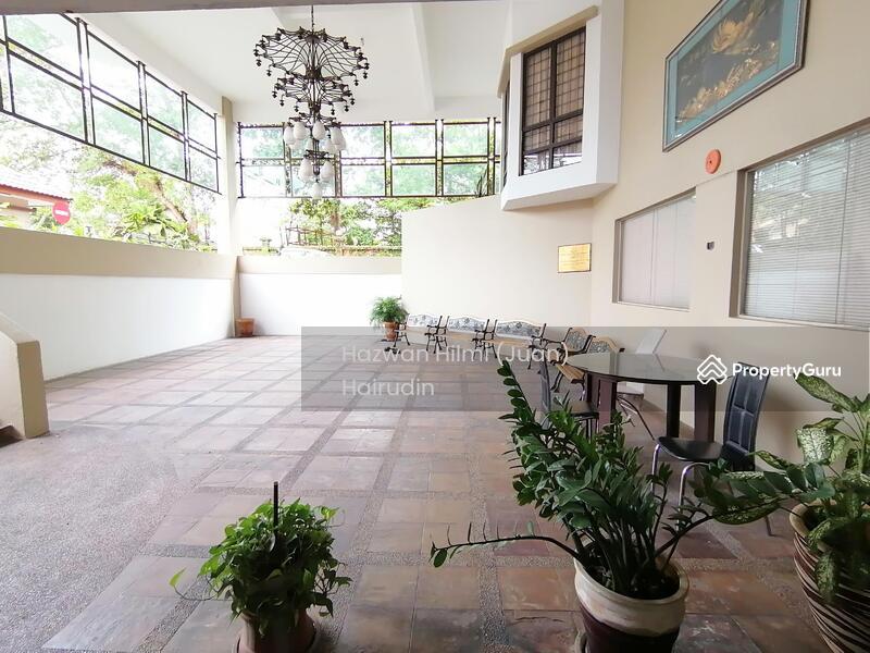 Villa Dahlia #157062176