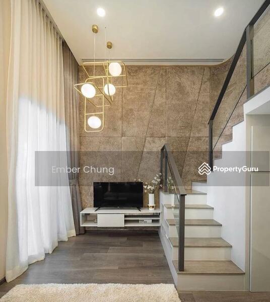 Designer Duplex   80% Furnished + Reno   3 Rooms 2 Bathroom   Next to MRT & Mall #157584304