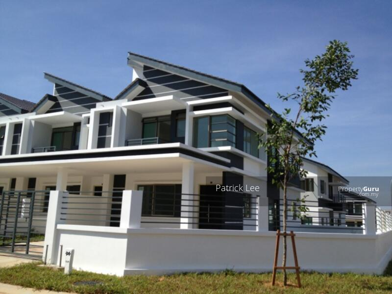 [SUPER Convenient] 2 mins to Shopping Mall, Hospital, Freehold Double Storey 20x75 G&G, Free WiFI #160226000