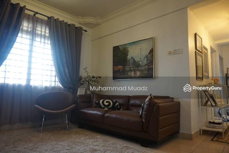 Condominium Putra Intan Dengkil Selangor Rumah Cantik, Kitchen cabinet, plaster ceiling, Semi Furnis #157842710