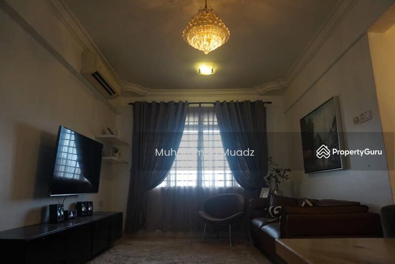 Condominium Putra Intan Dengkil Selangor Rumah Cantik, Kitchen cabinet, plaster ceiling, Semi Furnis #157842714