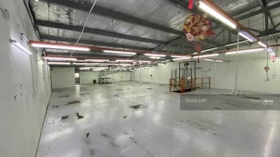 For Rent - Double storey factory for rent can adjoining Jalan seroja 39