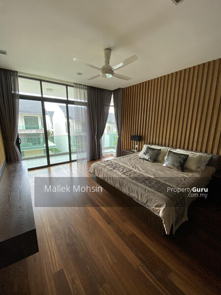 [3 storey Bungalow House with Lake and Forest View!] #158021996