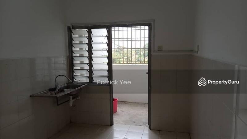 Larkin Idaman Apartment #162101806