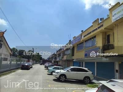 Dijual - Port klang 2sty Shop Lot for sale 22x85 Near to main road , Bank