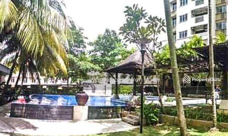 FOR SALE: Bigger Unit Villa Pavillion Seri Kembangan (BELOW MARKET) #158922244