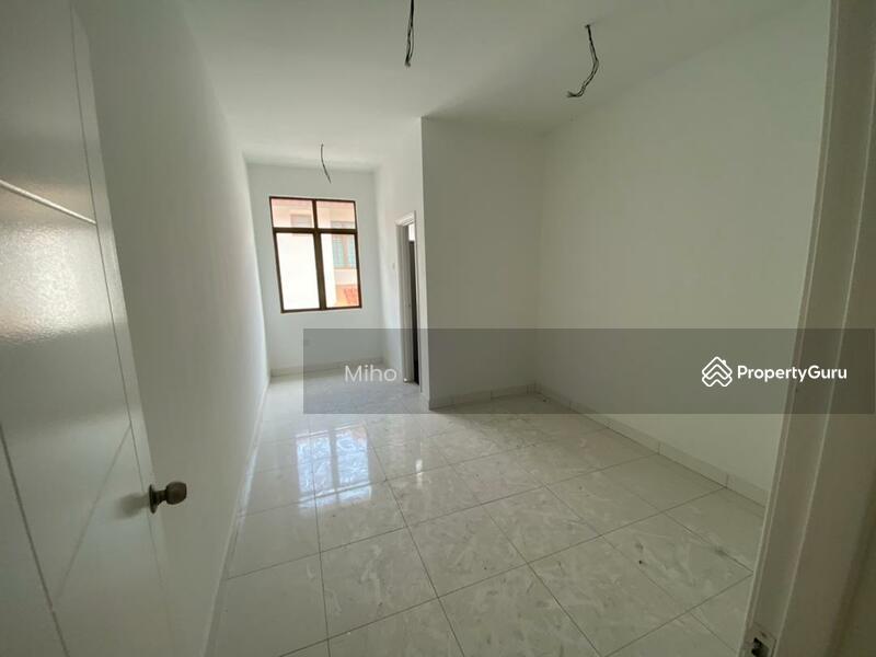 Bandar Dato Onn Perjiranan 12 Roselle #159093828