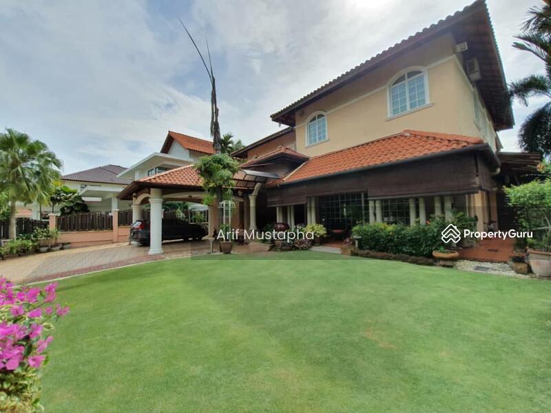 Bukit Jelutong #159650726