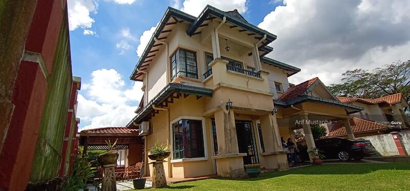 Bukit Jelutong #159654792