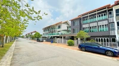 For Sale - FACING OPEN 3Storey Superlink 56x52 Temasya Citre Glenmarie Shah Alam freehold