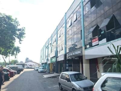 Dijual - cheng utama 3 storey Shop, Melaka Tengah