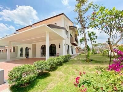 For Sale - Spanish Garden By The Water Batu Gajah Opposites Silverlakes Premium Outlet
