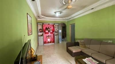 For Sale - taman bukit kempas 2storey house with partial furnished