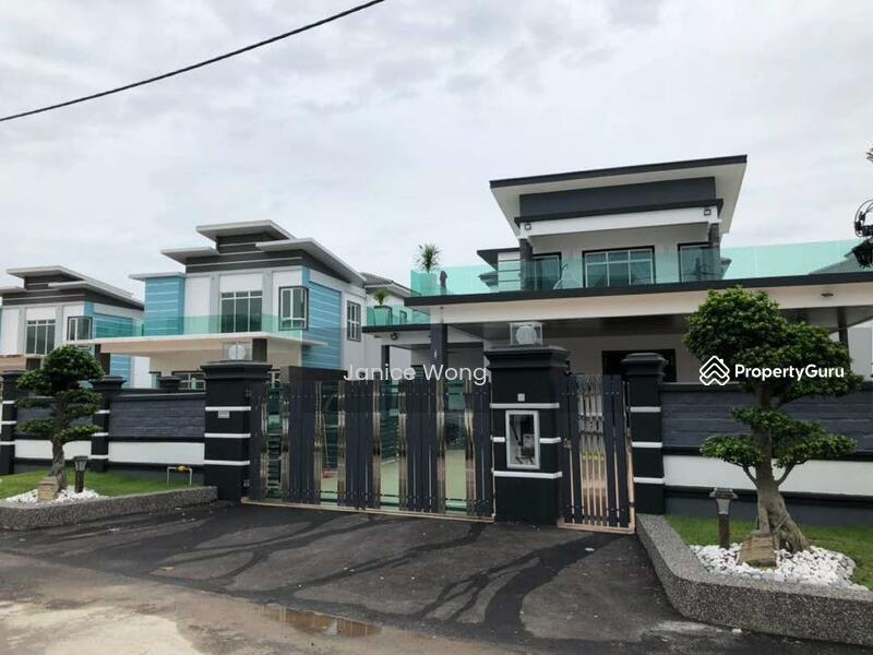 [ 168x100 Completed Semi-D @ Total Land Area 16813 Sqft !!! ] Loan Rejected Unit near Seremban 2 #160135878