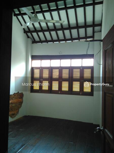 Lebuh Melayu #160387498