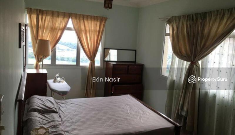 Perdana Exclusive Condominium    Damansara Perdana PJ #160425914